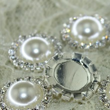 100pcs/lot 18mm HOT SALE Beautiful ivory Rhinestone pearl Button,Wedding dress hair decoration,high quality and reasonable price(China)
