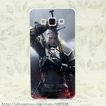 2319T Geralt Taking His Sword Out The Witcher 3 Wild Hunt Hard Cover Case for Galaxy A3 A5 7 8 J5 7 Note 2 3 4 5 Grand 2 Prrime