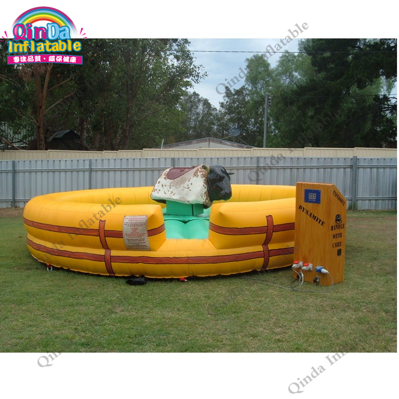inflatable mechnical bull mat31