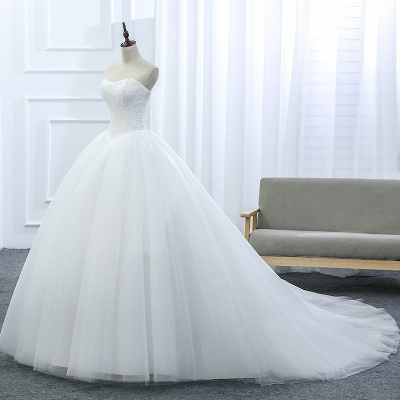 VENSANAC 2017 New Lace Strapless Sleeveless White Satin Court Train Bridal Wedding Dress Wedding Ball Gown 30437 2