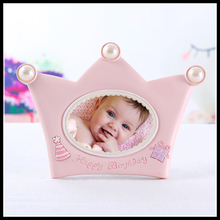 Crown Shaped Photo Frame Pink Baby Picture Frame Blue Photo Backdrops Boy Girl Birthday Gift Decoration ElimElim(China)