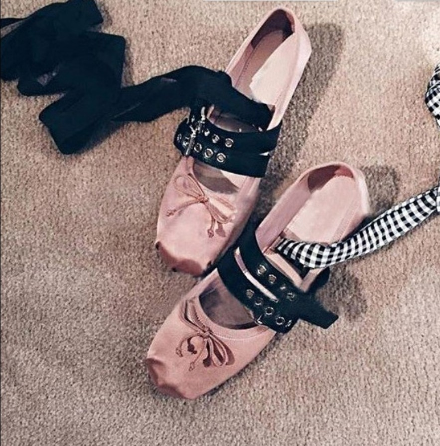 Women Satin Soft Leather Buckle Belt Butterfly Bow Flat shoes Female Lacing up Bandage Ballet shoes Dress Dance Shoes Oxfords<br><br>Aliexpress