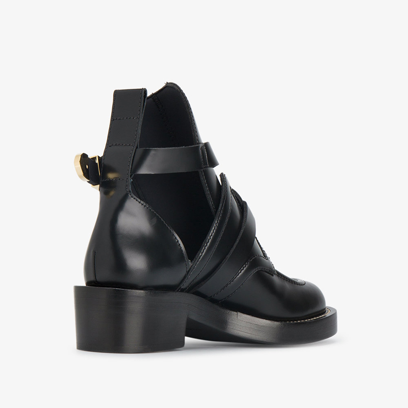 balenciaga-black-apron-leather-ankle-boots_11501829_11680429_1000