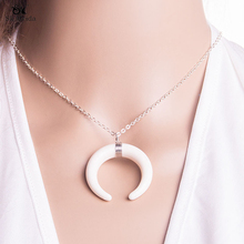 2017 35mm Fashion Crescent Moon Silver Gold Long Necklace Women Jewelry Supplies Solid Chain Pendant Necklace HE-75