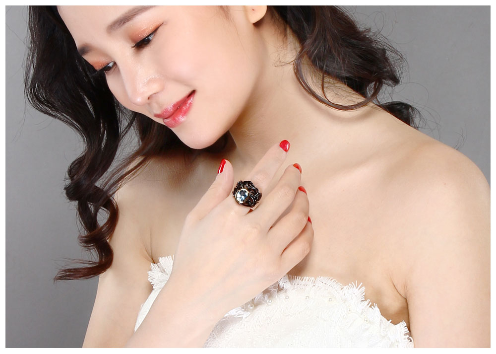 black color rings 06