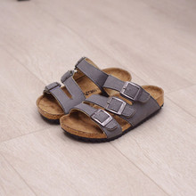 2017 New Fashion Girls Sandals Summer Kids Shoes Toddler Boys Sandals High Quality Chilren Flat Shoes Kids Sandals Girls
