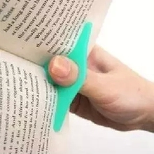 Thumb Convenient Multifunction Book Holder Bookmark Finger Ring Book Markers for Books Stationery Glifts(China)