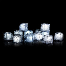 12pcs/lot Wholesale Lamps White Water Sensor LED Glow Ice Cubes Novelty Party Sparkling Light for Wedding Celebration