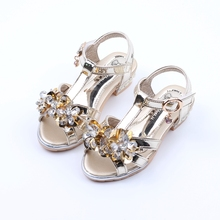Children'S Sandals Female Kids Girls Summer Shoes Flower Rhinestones Princess Shoes Girls Small High Heels Shiny Party Shoes