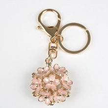 Fashion Flower Keyring Key Chain Metal Car Keychain Women Gift Key Ring Bag Charms Pendant Jewelry