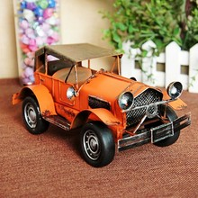 1221 High-grade Tin Alloy Vintage Car Model Simulation Cool Red
