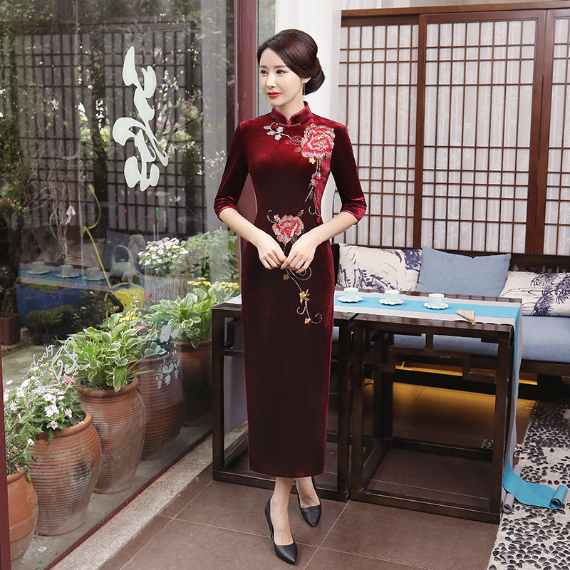 Fashion Red Flower Cheongsam Long Velvet Qipao Dress Women Chinese Traditional Dresses Robe Orientale Collars