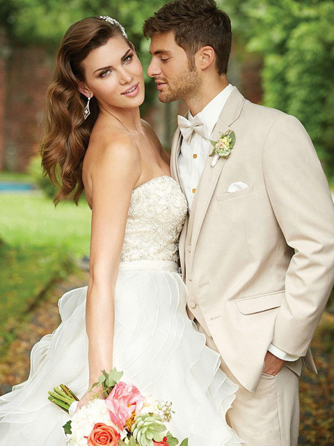 Hot-Sale-Custom-made-wedding-suits-3-pieces-Men-suits-Slim-fit-Notched-lapel-Grooms-wedding.jpg_640x640 (8)