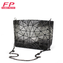 Flower Poetry Brand Women Message Bags Flap Serpentine Chain Shoulder Bag High Quality PU Small Sequined Fashion Cover Bag 2017