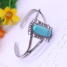 2017 New Arrival Movie Twilight Bella Bangle Vintage Silver Plated Natural Blue Stone Alloy Bracelets For Women Free Shipping