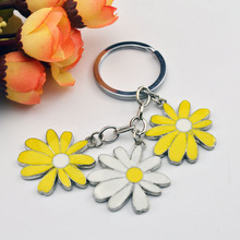 Little Daisy Keychain Keys Women DIY Metal Keyring Jewelry Bag Zinc Alloy Car Key Ring Flower Key Chains for Lovers