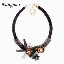 2017 new design black pu leather rope chain wood crystal flower pendant chunky statement necklace for women