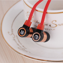 In ear Headset Colorful Flat wire Portable Good Bass Cheapest Earphone Good Quality for Samsung xiaomi Phone MP3 MP4