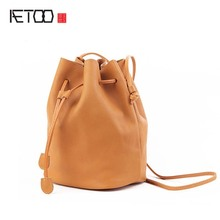 AETOO The first layer of leather buckets tassel bag big 2017 new Korean version of the tide simple wild leather doll Messenger b