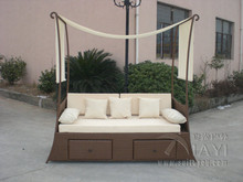 Comfortable Hand-Woven Outdoor Rattan Daybed For Garden / Patio transport by sea