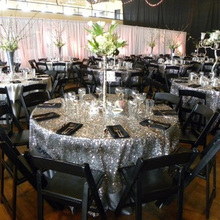 Factory Directly Wholesale Wedding Decorative Silver Glitter Round Sequins Table Runner Table Cloth 120'' Round(China)