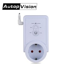 GSM 2G Power Plug Socket with Temperature sensor Intelligent Temperature Control English SMS Command remote Control(China)