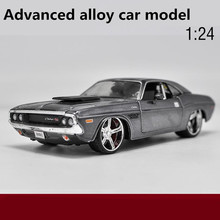 High simulation dodge Challenger model car,1:24 Advanced alloy car models,diecast metal toy vehicles,free shipping(China)