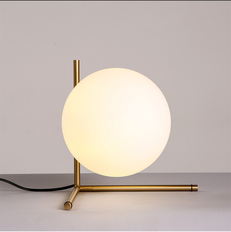 Free shipping creative design gold Ball shape table lamp <br><br>Aliexpress