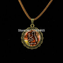 Indigenous Egyptian glass dome photo pendent  souvenirs  gift leisure series essential Leather Necklace L 472