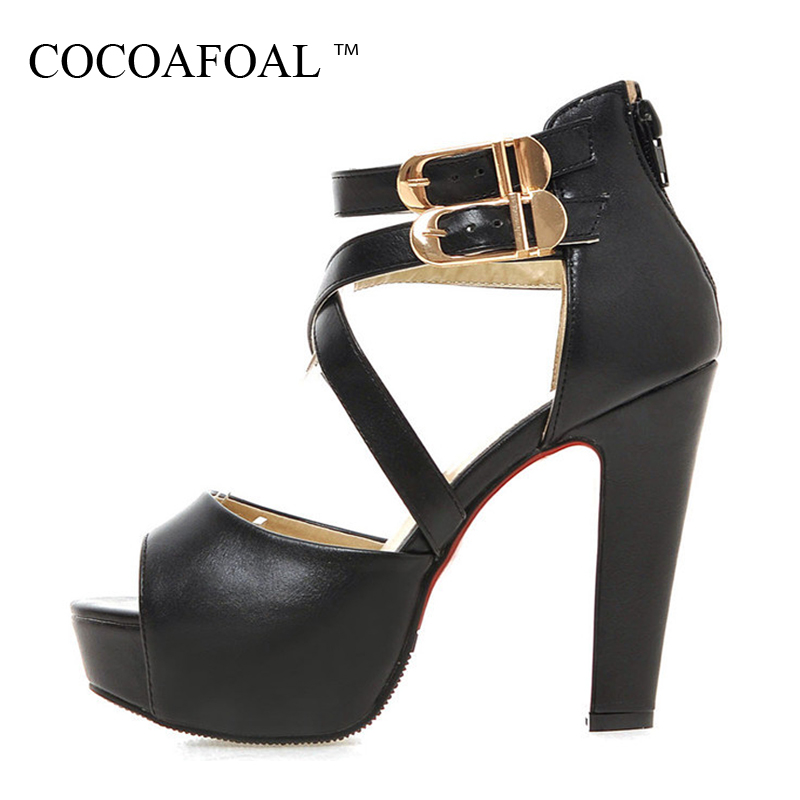 COCOAFOAL Woamn Wedding Sandals Plus Size 33 - 43 Fashion Heel Height Sandals Party Buckle Strap Black White Shoes 2018<br>