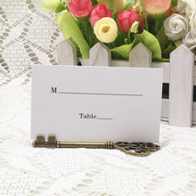 100pcs/lot Wedding Favors Antique Bronze Skeleton Key Place Card Holder with Matching Place Card Wedding Decoration Accessory