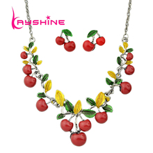 Hot Sale Fashion Jewelry Sets Green Leaf Red Cherry Collar Necklace and Stud Earrings for Women Accessories