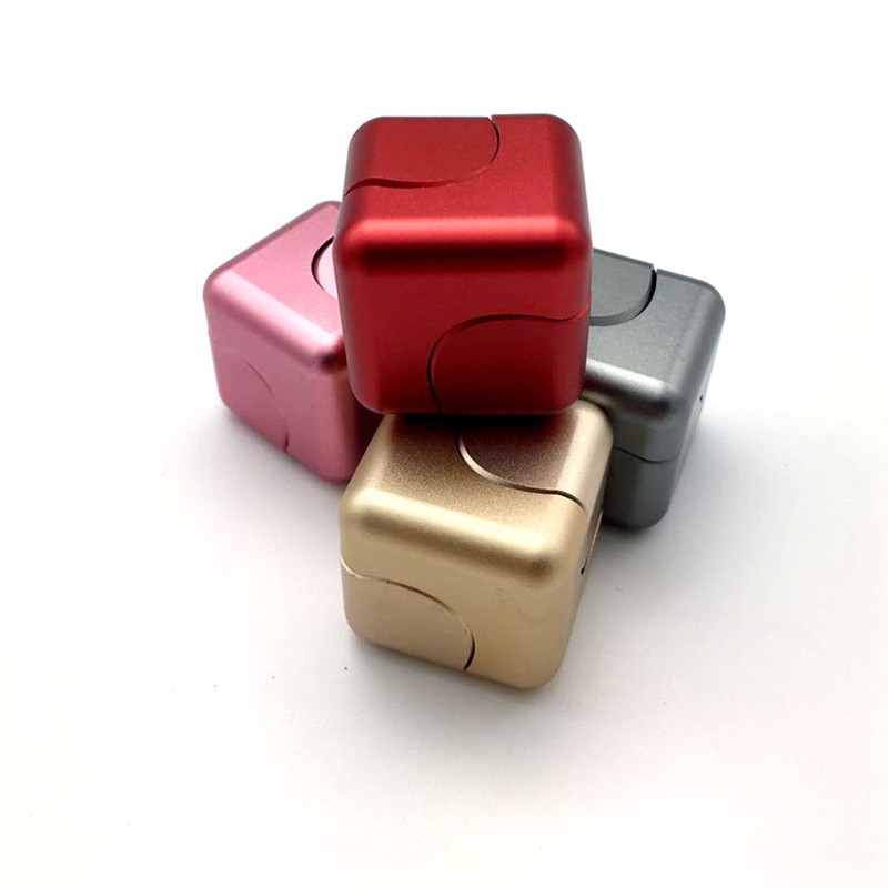 New star ball top finger tip gyro aluminum alloy magic pressure reducing artifact metal camouflage cube pirate dream space