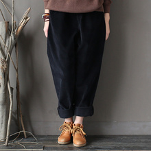 Women Autumn Winter Corduroy Thicken Pants Female Plus Size Pocket Trousers Ladies Loose Vintage Carrot Pants Retro Fashion Fall