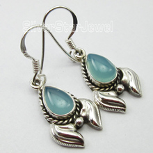 ANTIQUE STYLE !!   Silver Dazzling AQUA CHALCEDONY Earrings 3.4 CM