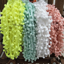 Hot Sale Lace Fabric 5 yard 1cm Sewing Accessories Pompom Trim Pom Pom Decoration Tassel Ball Fringe Ribbon DIY Material Appare