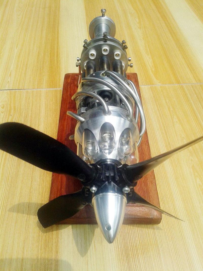Stirling engine 10