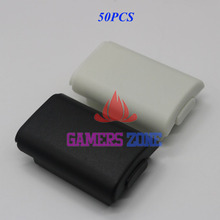 50pcs Battery Pack Cover Shell Case Kit for Xbox 360 Wireless Controller Black White with Sticker
