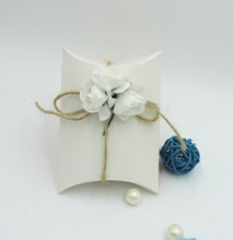 12pc3.1 100pcs23 white card paper ,pillow candy box ,pillow box ,wedding favor box 11.2 x 7.6 x 3 cm