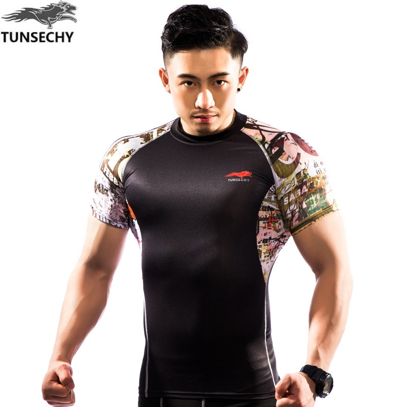 NEW Mens Compression Shirts Bodybuilding Skin Tight Short Sleeve Jerseys TUNSECHY brand Crossfit Outdoor sports bike t Shirt 46