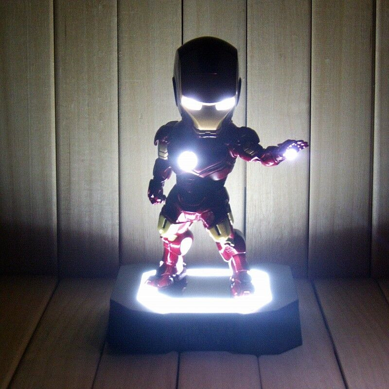 PVC Iron Man Action Figure Toy 19cm Ironman Figures With Light Tony Stark Collectible Model Anime Brinquedos Kids Toys Gift <br>