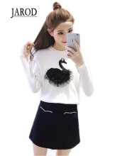 Hot sale 2017 Spring New Swan embroidery sweater ladies round neck sweater long sleeve knitted Sweater Pullover(China)
