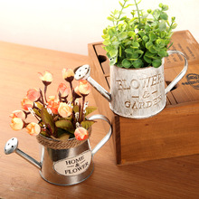 Creative Retro Style Metal Vase Watering Cans Letter Print Desktop Flowers Vase for Home Decoration  (18.5cmx7.8cmx8.6cm)