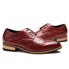 2017 Shoes For Men Wingtips Designer Formal Wear Oxford Full Brogues Wine Red Italian Man Leather Dress Shoe Flats Male Mocassin