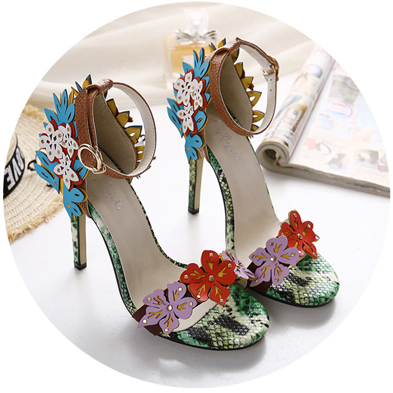 2017 Famous Brand New Same Style Women Sandals Sweet Contrast Color Flowers Buckle Snake Pattern High Heels Summer Wedding Shoes<br><br>Aliexpress