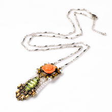 Charming Color Resin Flower Quirky Necklace For Fancy Lady
