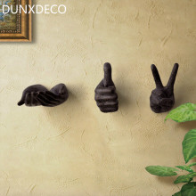 DUNXDECO Home Decoration Accessories Old Finish Hand Hanger Miniature Model Vintage Rusty Resin Wall Hook Office Decor