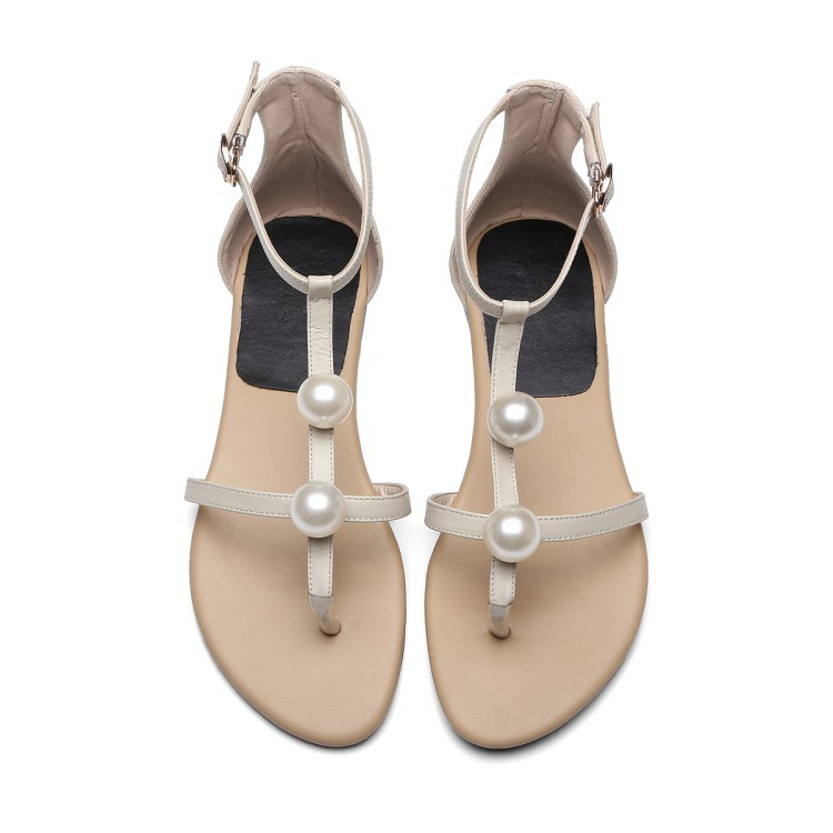 Trend Girl T-Strap Flat Pearl Sandal Shoes 2017 Summer New Leather Gladiator Rome Women Sandals Big Size Elegant<br>