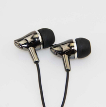 MP3/mp4 Roping Stereo Subwoofer Earphone In Ear Headset Earbud 1.1M Reflective Fiber Cloth Line Metal Earphone Free Shipping