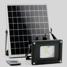 5W/10W solar light solar working lamp outdoors garden floodlight with lux sensor & remoter runtime(China)